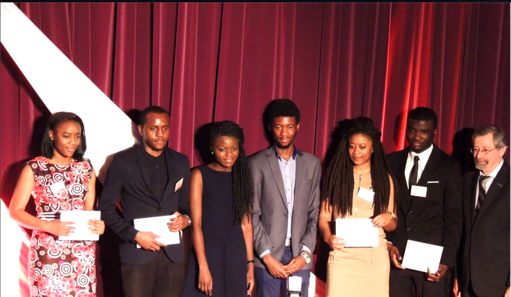 Cérémonie annuelle de remise de bourses de l'Association des étudiants congolais de Polytechnique (AECP)
